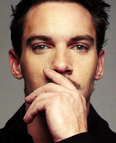 Jonathan Rhys Meyers. He did an amazing job playing Henry