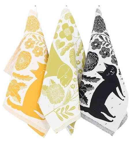 KOIRA JA KISSA (Finnish for DOG AND CAT) Kitchen towel 50% cotton/50% linen, 48cm X 70cm, design Makoto Kagoshima.
