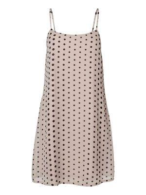 Playful polka dotted dress for summer - from VERO MODA. #veromoda #fashion #summer #dress #style #polkadots