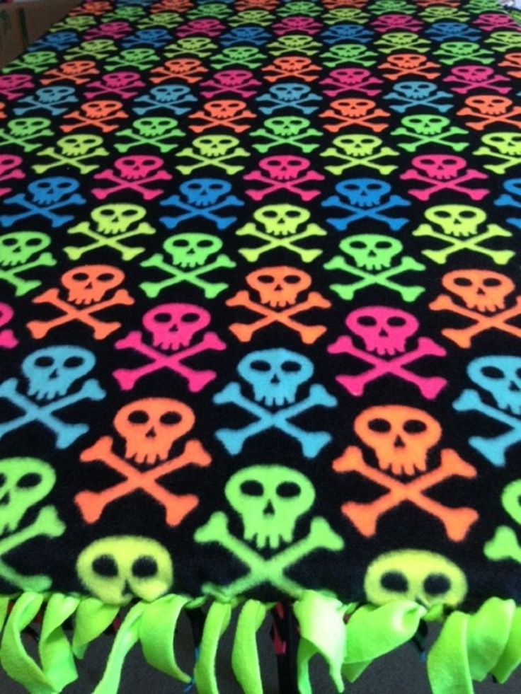 Fleece Knotted Tied Blanket - Skull & Crossbones - Neon - Handmade -Blanket #Handmade #Contemporary