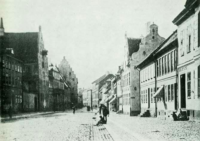 Östergatan före 1877.