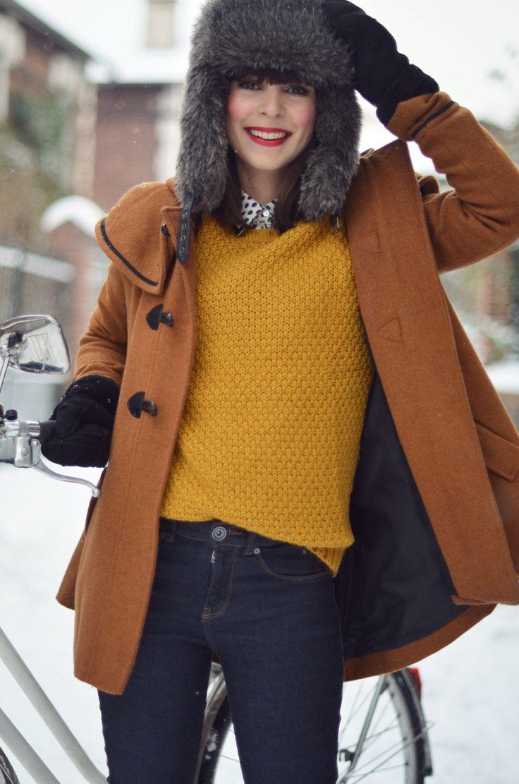 les 25 meilleures id es de la cat gorie pantalon moutarde sur pinterest pantalon de moutarde. Black Bedroom Furniture Sets. Home Design Ideas