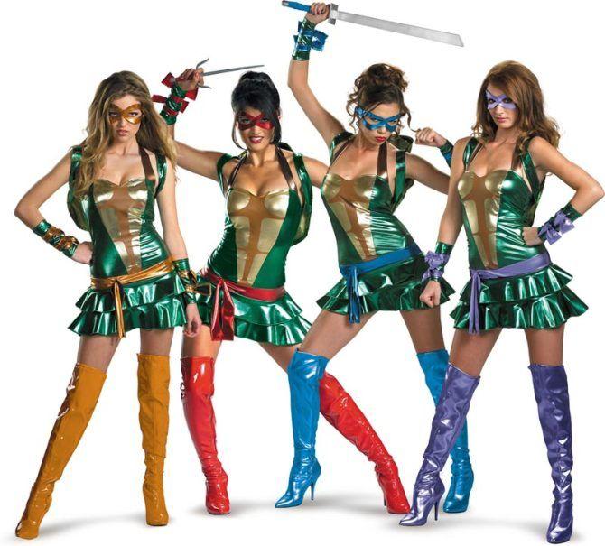 The 2013 top 10 skanky Halloween costumes for women.
