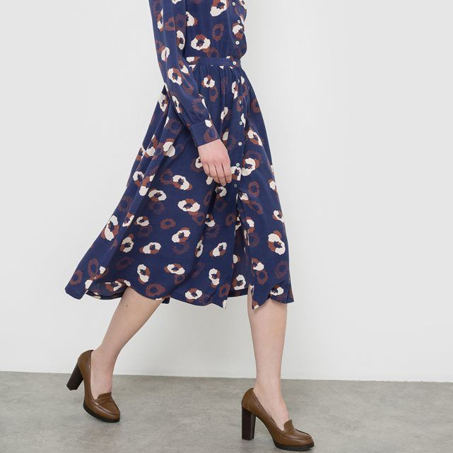 SHOP A/W 16: Slightly vintage-feel, printed button-through dress - great for the office.