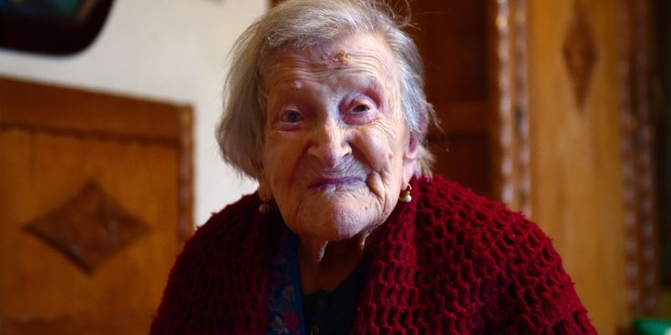 5 Centenarian-Approved Ways To Live A Really Long Time