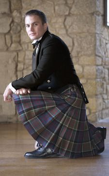 Balmoral kilt. Traditional eight yard kilt