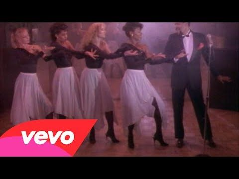 ▶ Marvin Gaye - Sexual Healing - Old Skool video! Marvin was doing it up!