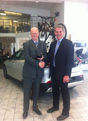 GALASHIELS VOLVO DEALERSHIP'S SALES MANAGER 'GRADUATES' FROM LEADERSHIP PROGRAMME - Nobull News - find out more at www.nobull-communications.co.uk