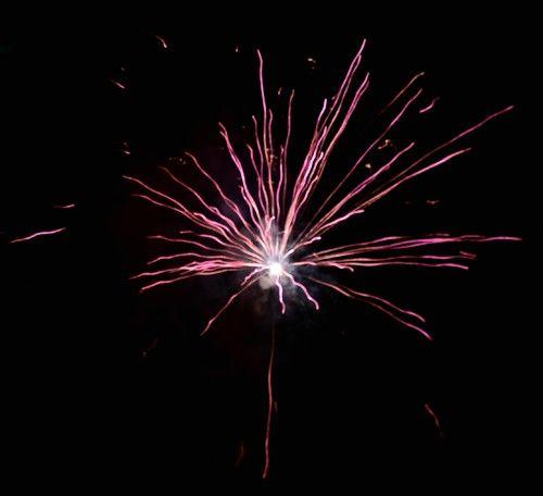 Comment photographier un feu d'artifice ? http://www.nikonpassion.com/comment-photographier-feu-artifice/