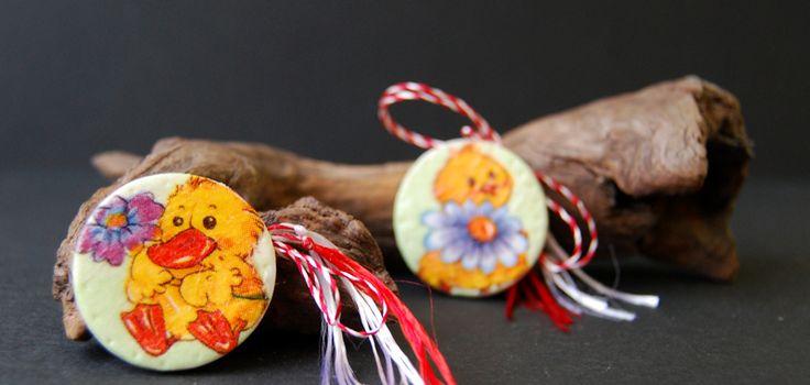 childish decoupage brooch, with cute ducks and chichens, martisoare handmade pentru copii, cu ratuste si pui