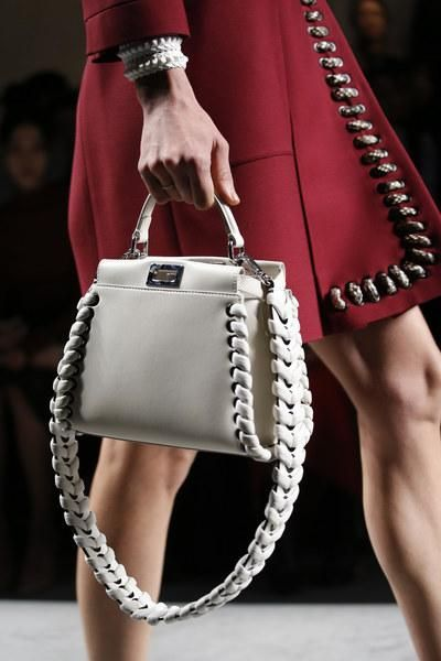 A detailed look at Fendi Spring 2016 #ss16…