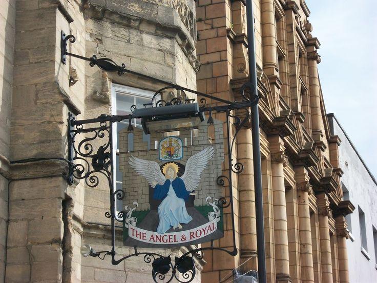 Энджел & Роял, Грантем, Великобритания. 1203 год