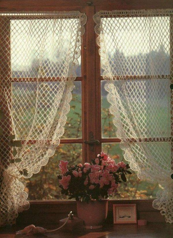 30 Gardinendekoration Beispiele – die Fenster kreativ verkleiden - gardinendekoration beispiele zarte spitze