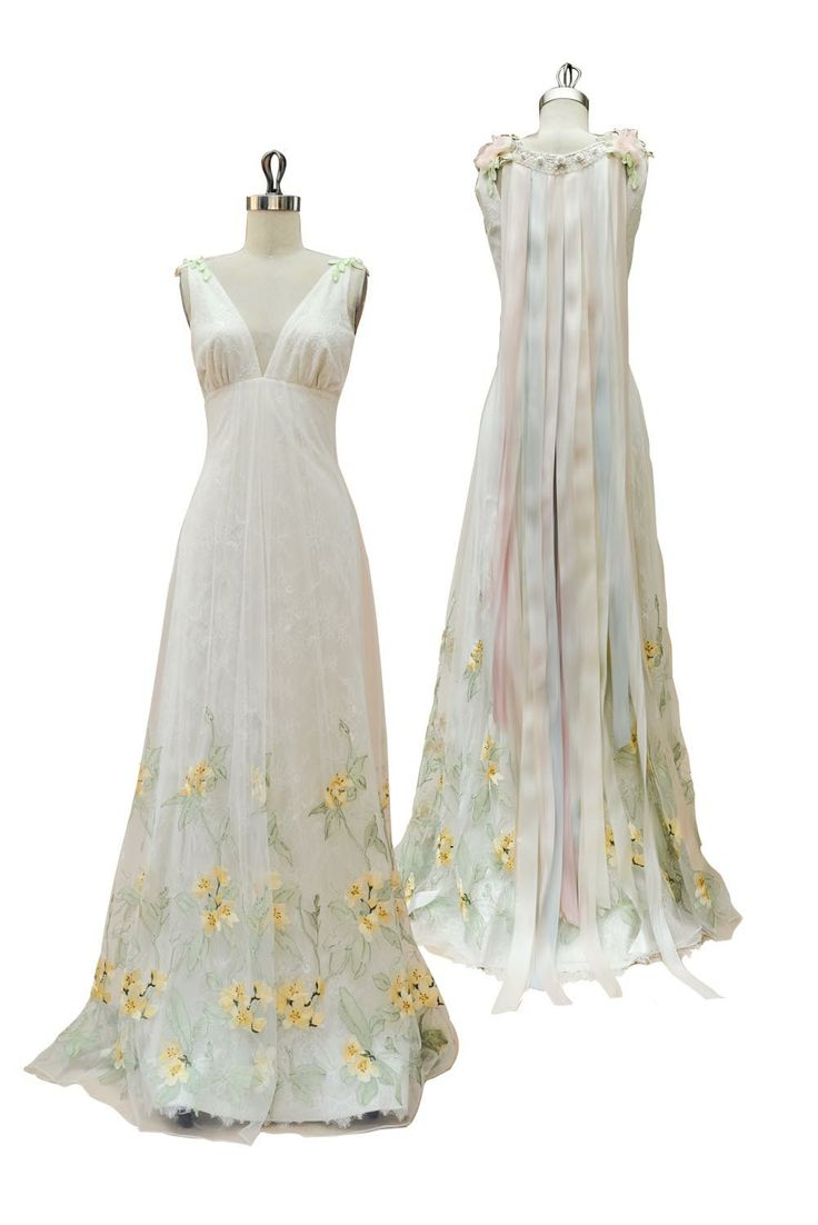 Claire Pettibone 'Aria' wedding gown |See more of Aria here --> http://www.clairepettibone.com/bridal/?cp=gowns/aria