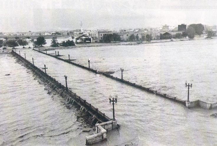 Puente de Campanar, Valencia, riada de 1957
