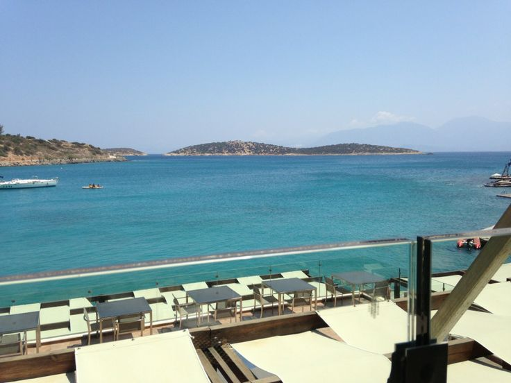 Thank you @Pascalle Grotenhuis W. for this photo at Minos Beach Art Hotel
