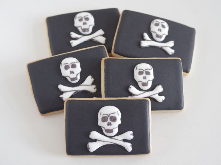 Galletas decoradas de bandera pirata