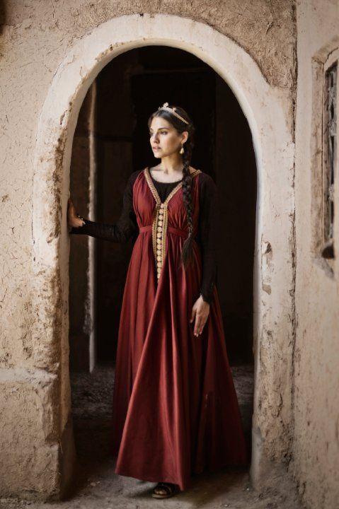 Melia Kreiling as Bathsheba in The Bible | Photographic ...
