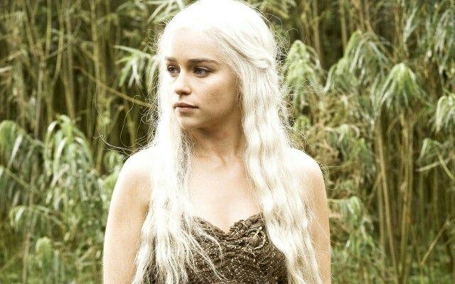 Amilia Clarke in Game of Thrones