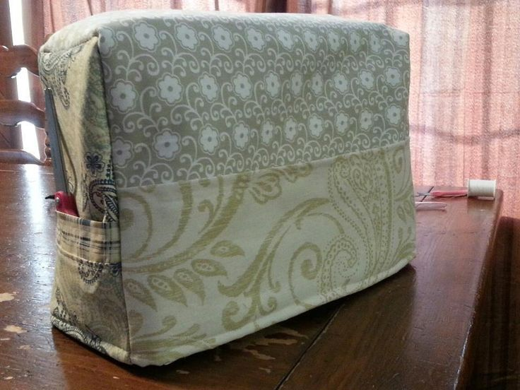 Sewing Machine Cover from Craftsy.com - free pattern