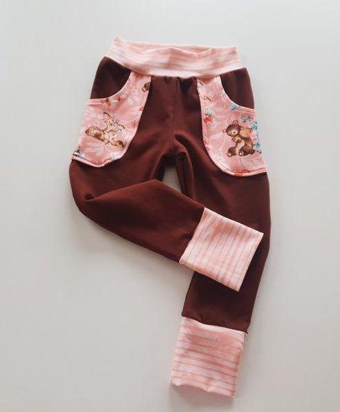 kostenloses Schnittmuster & Nähanleitung: Babyhose mit dekorativen Taschen 50-56-62-68-74-80-86-92