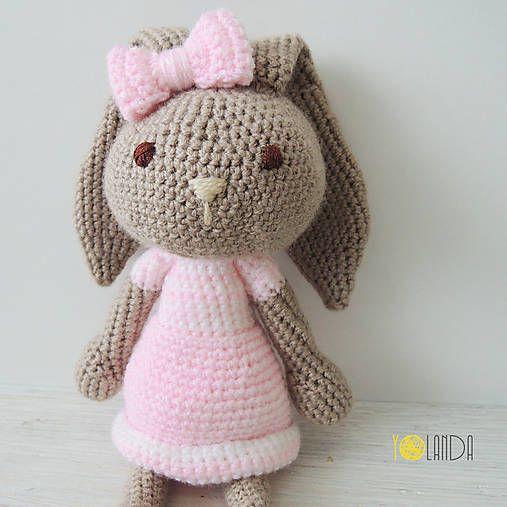 by.Veve / Háčkovaná hračka   Zajačica v sukni