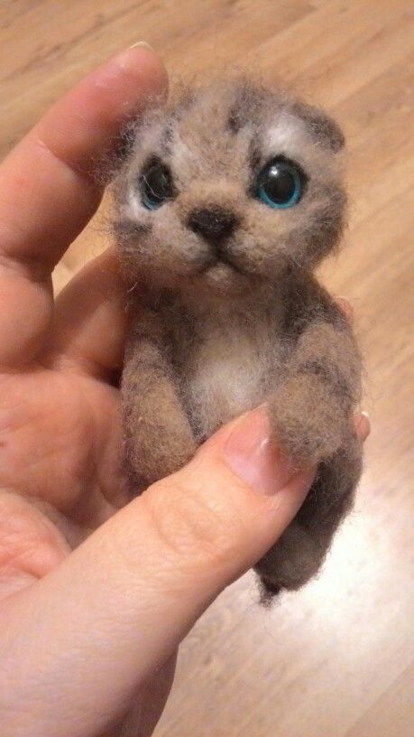 Felt kitten named Beady)) for Mary
