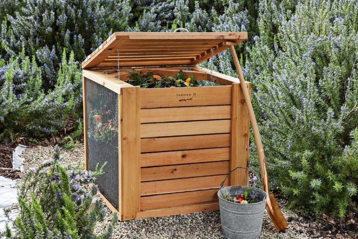 Does a compost bin need a bottom compost compost bin