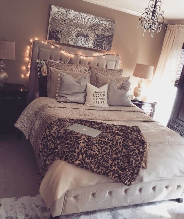 Teen Girls Bedroom Interior Design Ideas and Color Scheme plus Bedding ideas