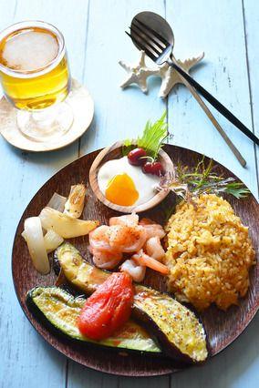 スパイシーガーリックシュリンプと 夏野菜入りビリヤニ風スパイスご飯  ワンプレごはん|レシピブログ