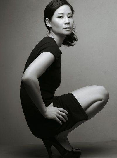 Lucy Liu por Annie Leibovitz