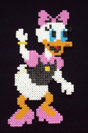 Daisy perler beads by Karin E. - Perler®   Gallery