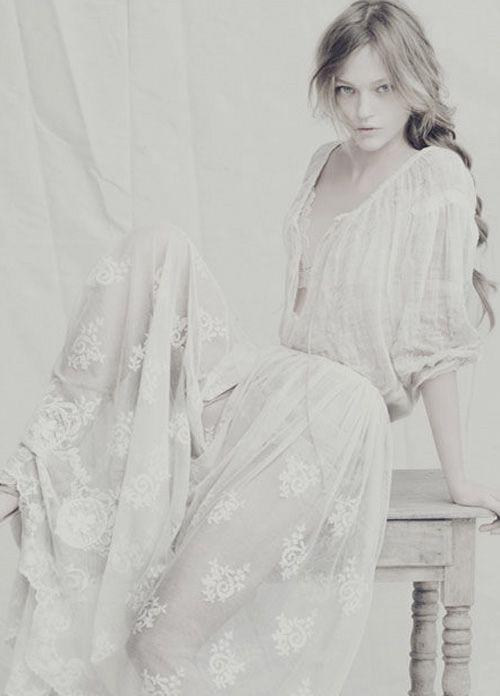 sasha pivovarova by paolo roversi   neutral tones   lace   elegance   www.republicofyou.com.au