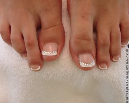 bridal french toes nails Versatility of Toe Nail Art Designs for Brides of the 21st Century