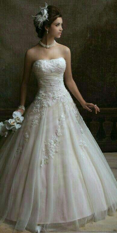 pin von monica jaramillo auf wedding dresses hochzeit