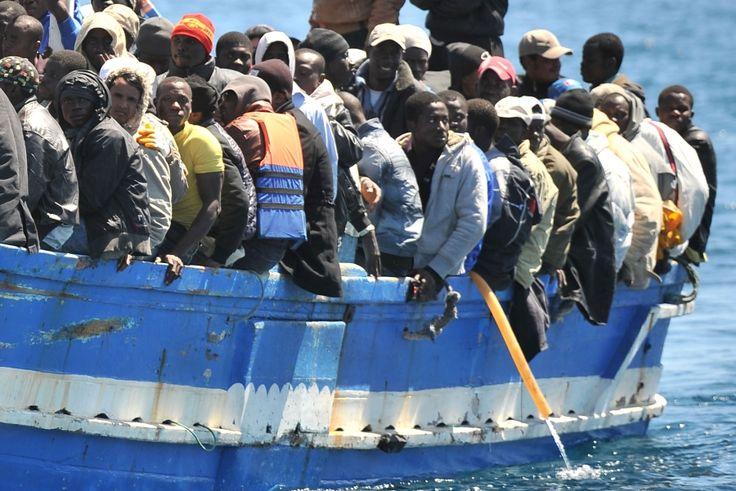 Migranti: salasso da 4 miliardi l'anno, 82% irregolari