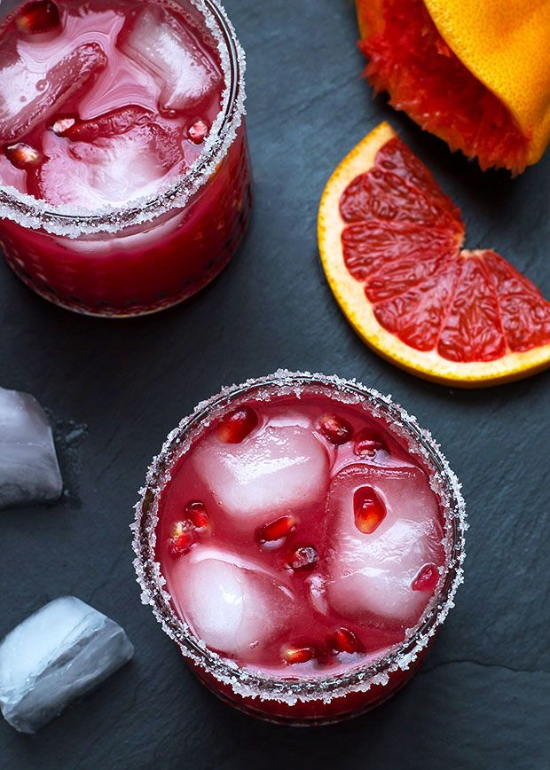 Ingredients list for the Pomegranate & Grapefruit Gin Cocktail Makes 2: Seeds of 1/2 pomegranate Fresh juice of 1 1/2 pink grapefruits 1 1/2 fl oz (50ml) gin Ice 2 tablespoons granulated sugar …
