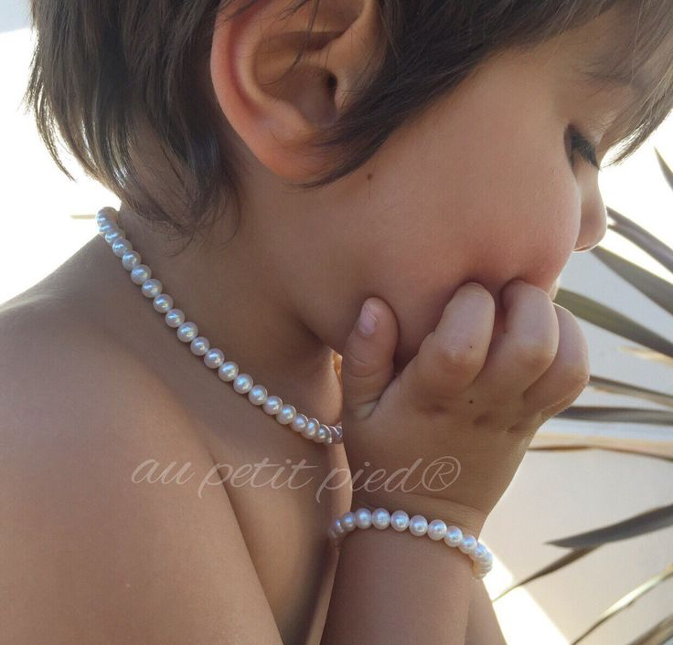Pearl baby necklace,pearl girls necklace,baby pearl necklace,toddler pearl necklace,kids necklace,girl pearl necklace,photography prop by Aupetitpied on Etsy https://www.etsy.com/listing/235407663/pearl-baby-necklacepearl-girls