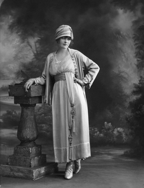 Madge Saunders by bassano 1918
