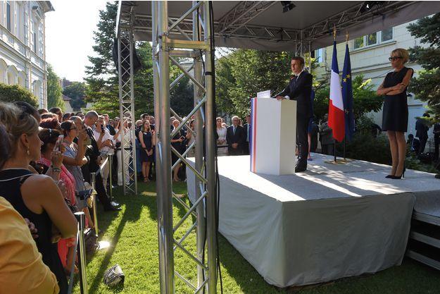 Emmanuel Macron devant la communauté française de Bucarest, lors de sa visite en Roumanie.