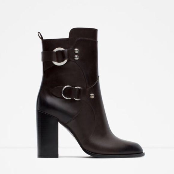 SALE Zara boots 20% OFF!!! I will lower the price when you're ready to purchase. New with tag. EUR 38 US 7.5 Authentic Leather Zara Shoes