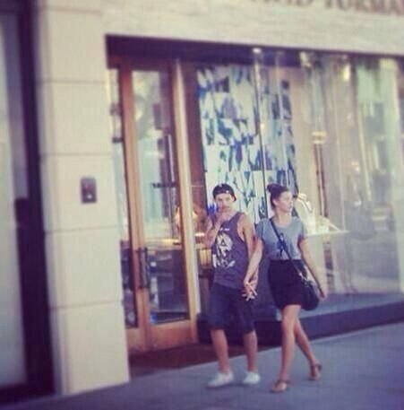 Louis and Eleanor yesterday at Rodeo Drive!