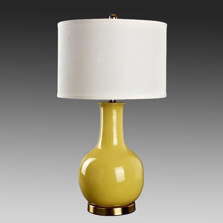 Желтая настольная лампа керамика http://loft-concept.ru/catalog/table-lamp/