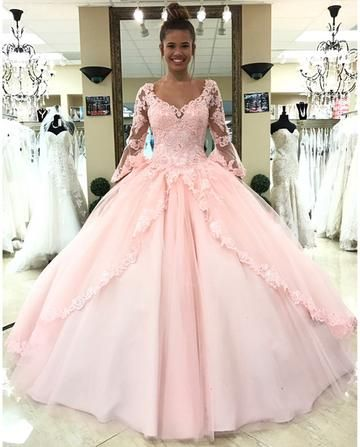 5639ee7fc17 2018 Appliques Tulle Ball Gown Prom Dress