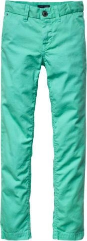 Tommy Hilfiger Preppy Chino Pant  Bent u op zoek naar een leuke fleurige zomer broek voor jongens? Bekijk dan de electric groene broek van Tommy Hilfiger. We hebben deze leuke broek op voorraad voor kinderen tussen de 4 en 16 jaar. € 74,90-