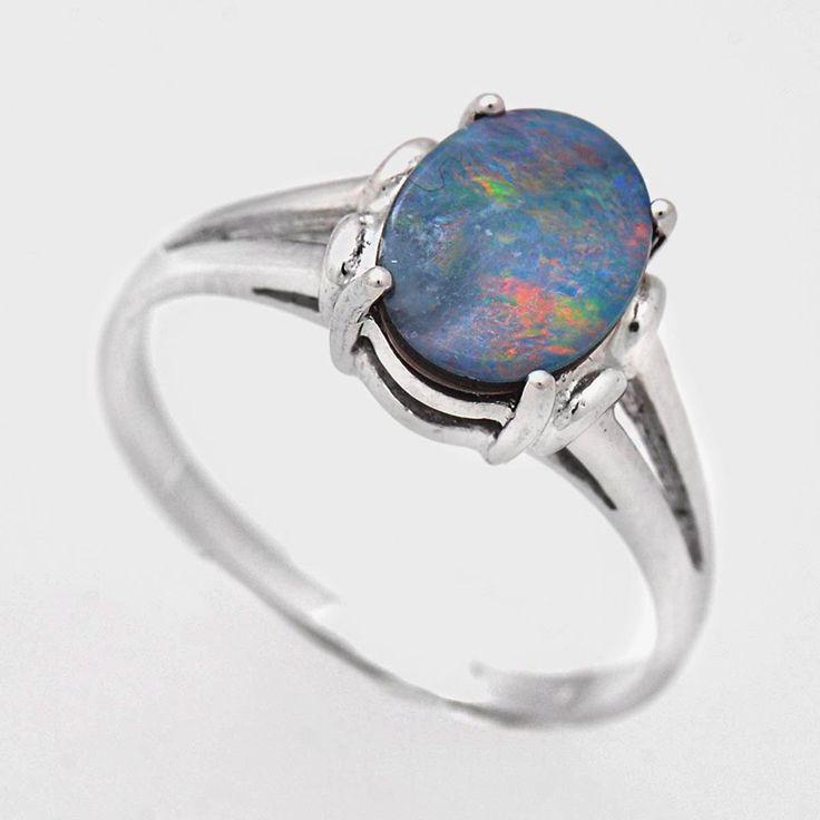 Inel din argint cu opal prețios natural, dubletă, inel foarte elegant cu o piatră naturală semiprețioasă unică. Cod produs: VI4983 Greutate: 1.91 gr. Lungime: 1.00 cm Lățime: 1.00 cm Circumferință inel: 53.00 mm Piatră: OPAL