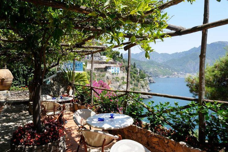 Situé à seulement 50 mètres de la mer Tyrrhénienne, l'Hotel Villa San Michele se trouve à Ravello, dans le quartier de Castiglione.
