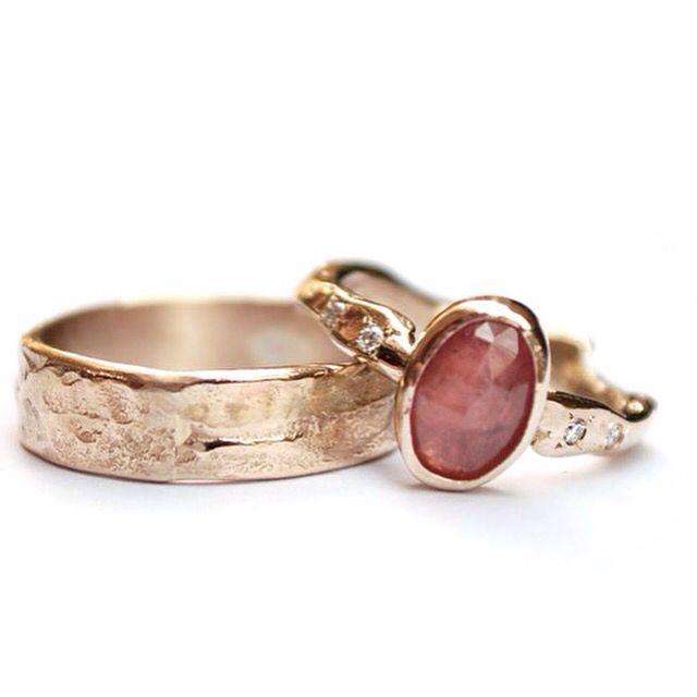 Handmade wedding rings champagne gold, pink sapphire, diamonds by Nadine Kieft Jewelry www.nadinekieft.com
