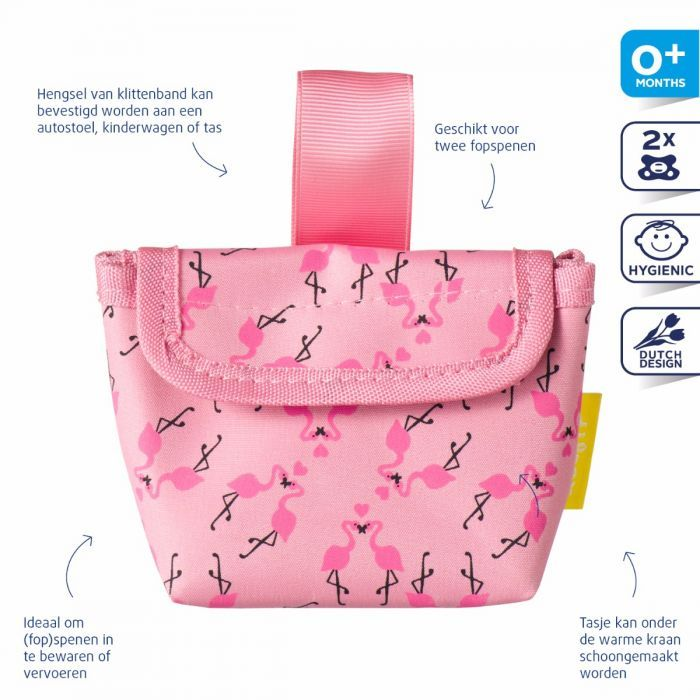<p>Difrax heeft een handig fopspeen etui waarin je de fopspeen van je baby hygiënisch kunt bewaren of meenemen. In het tasje passen twee fopspenen. Je kunt dit hippe Fopspeen etui handig aan de kinderwagen hangen. Tip: Zorg altijd dat je meerdere fopspenen bij je hebt.</p>