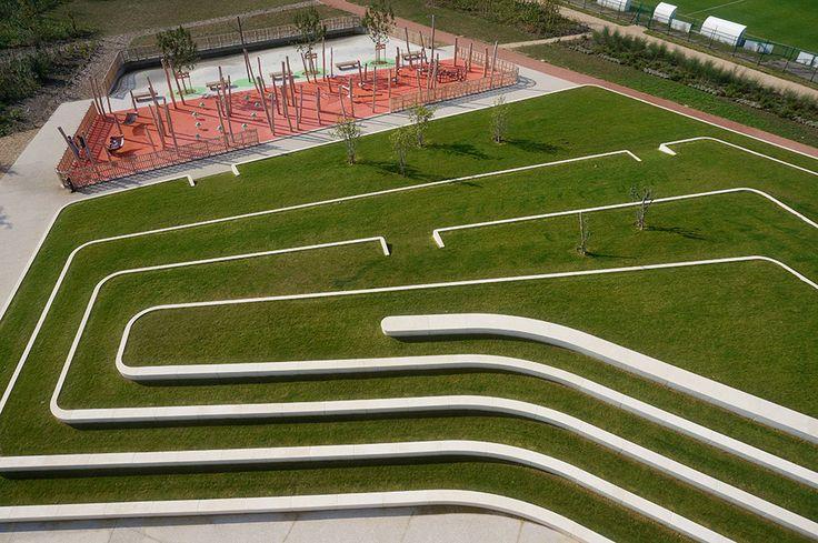 Clos Layat Park in Lyon (France). By BASE Landscape Architecture.